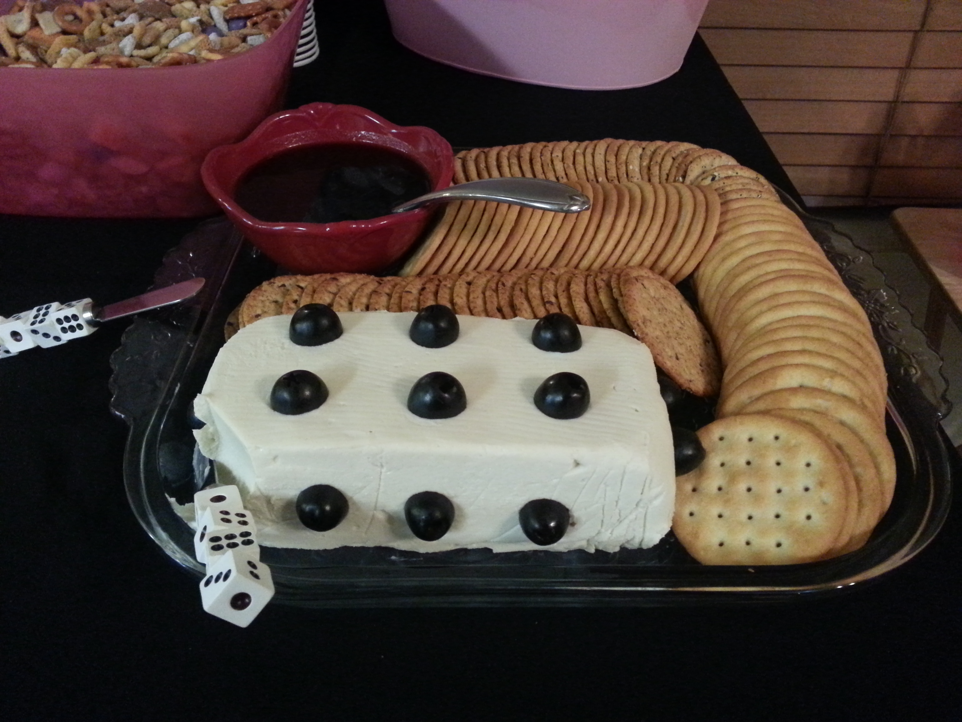 Bunco Christmas Party Ideas Part - 36: Buncocheeselog
