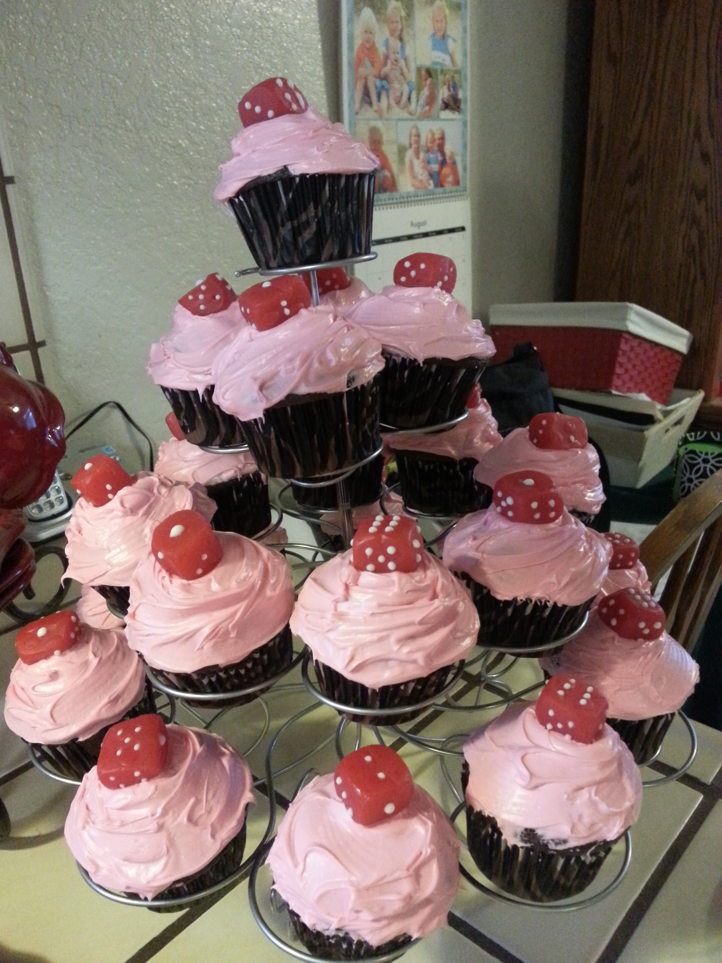 Bunco Christmas Party Ideas Part - 39: Buncocupcakes